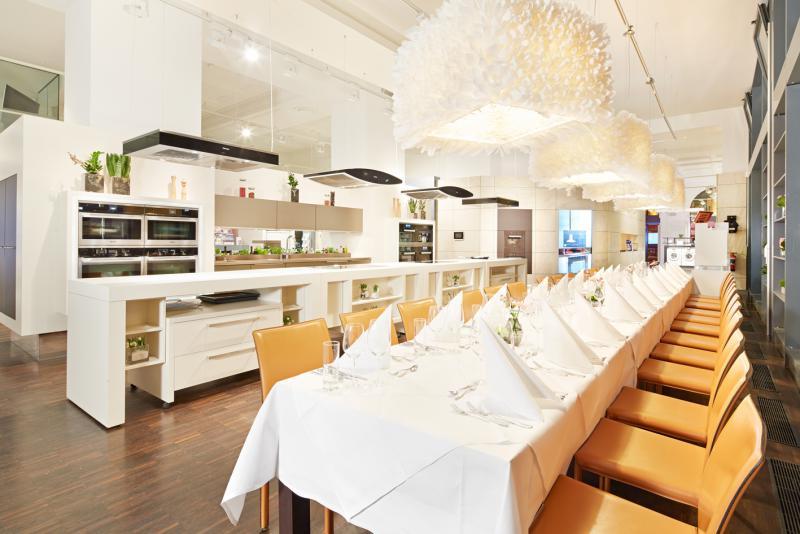miele gallery berlin kulinarische kompetenz und kreativit t. Black Bedroom Furniture Sets. Home Design Ideas