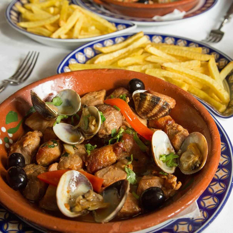 Portugiesische Küche: Bacalhau, Sardinhas assadas, pastel de Nata